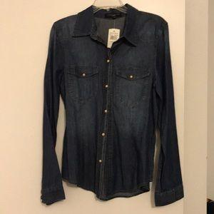 NWT Sanctuary denim blouse